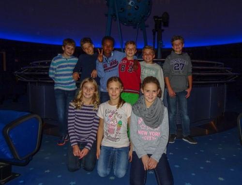 Exkursion der Astronomiegruppe ins Wiener Planetarium