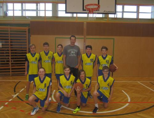 Basketball: D-Bewerb – Young Ladies zeigen den Burschen, wo es lang geht.